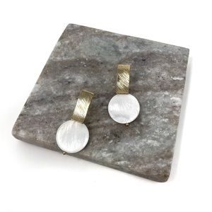 Jewelry - 4/$25 • Silver Post Mother of Pearl Shell Earrings